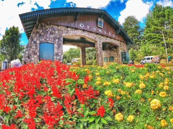 gramado-portico