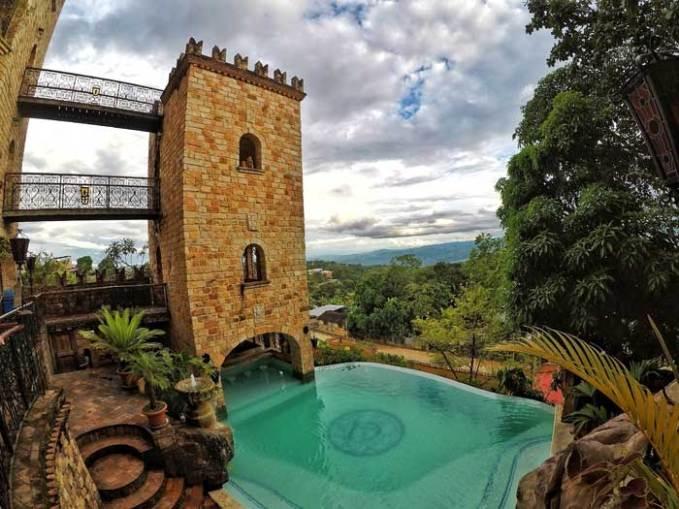 castle-pool