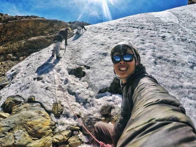 ice-wall-climbing