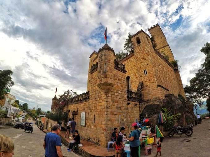 poverty-around-castle