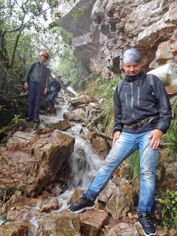 wet-rock-steps