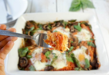 SpaghettiSquashBakedEggsFork