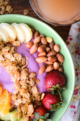 healthy-breakfast-smoothie-bowl-9