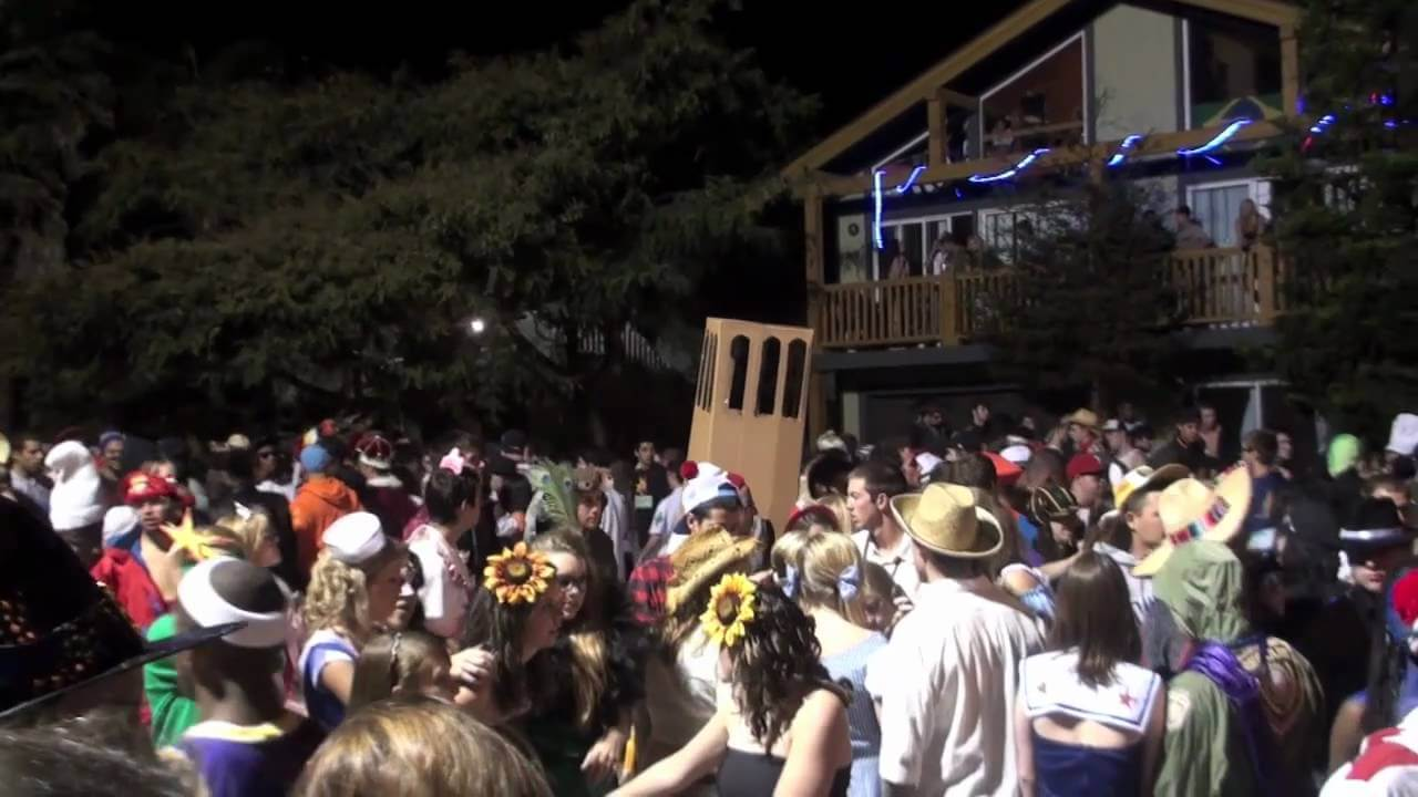 the top 5 college halloween celebrations | university visitors network