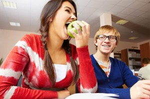 college-girl-eating-apple