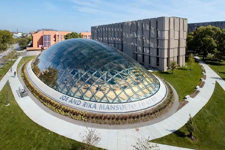 Outside Joe and Rika Mansueto Library – University of Chicago