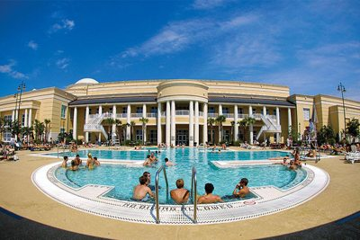 USF outdoor pool