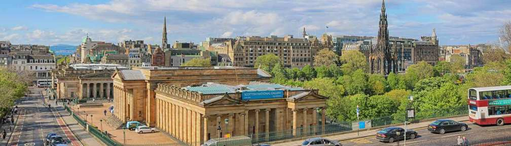 Where to stay in Edinburgh – Old Town or New Town