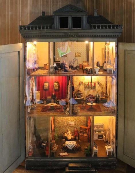 Dollhouse at Lahneck