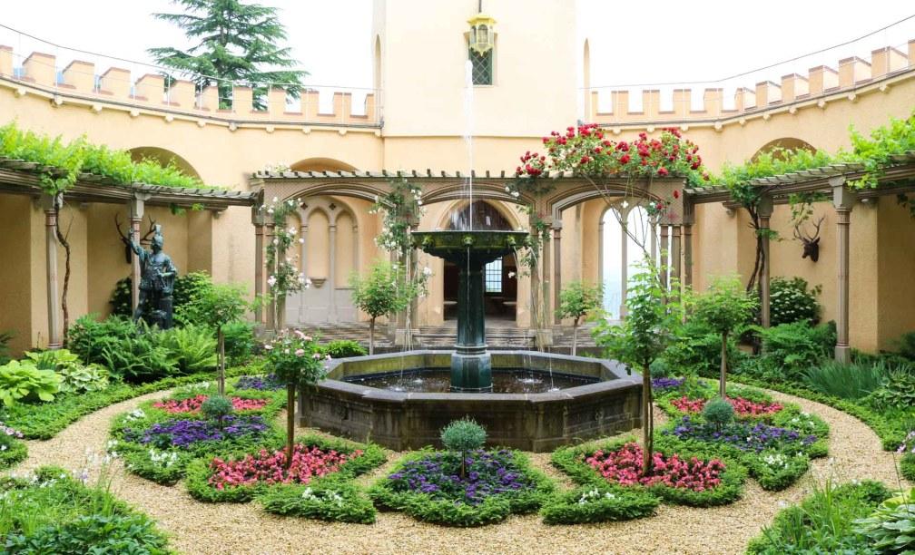 Stolzenfels Gardens