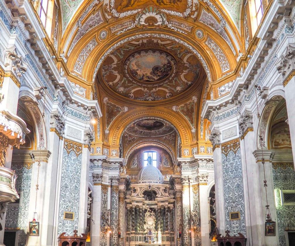 Church of Santa Maria Assunta altar