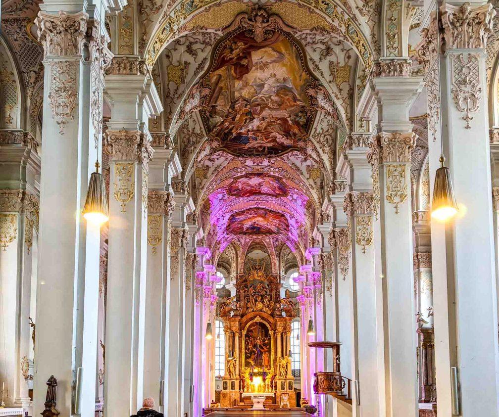 Церковь Святого Духа Идеальный Мюнхенский маршрут Идеальный Мюнхенский маршрут munich church holy spirit