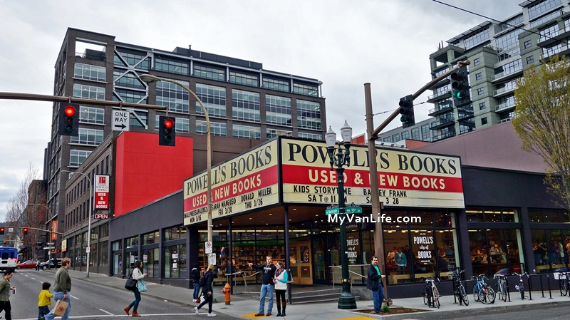 波特蘭旅遊|如果想迷路,就迷路在鮑威爾二手書店吧