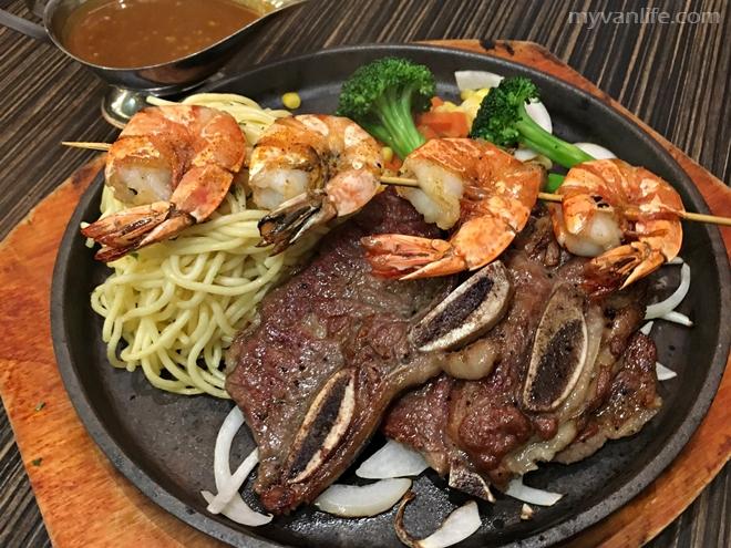 {列治文美食} 火鳥魚湯米線 複合式餐廳 (已歇業)