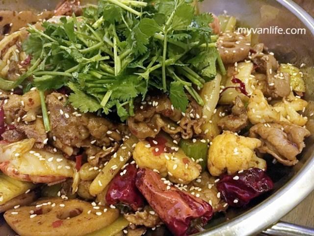 restaurantRIMG_6085chefpin