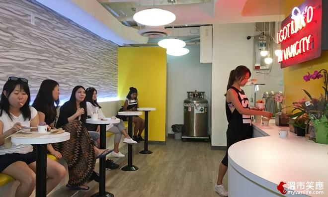 restaurantIMG_4358LikN2