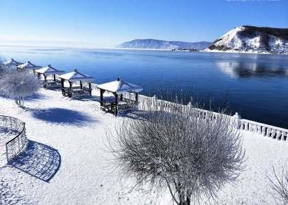 {冬遊貝加爾湖} 零下二十度的奇幻藍冰