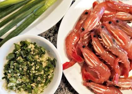 海馬爸廚房|仲春旬味:蒜蓉蒸斑點蝦