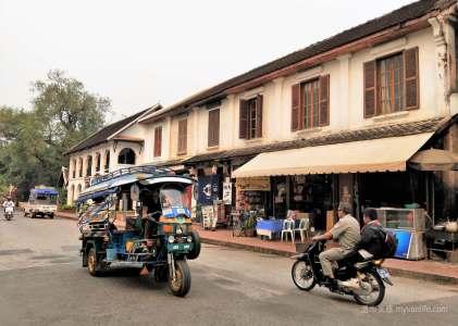 寮國旅遊|龍坡邦法國街上單純的幸福