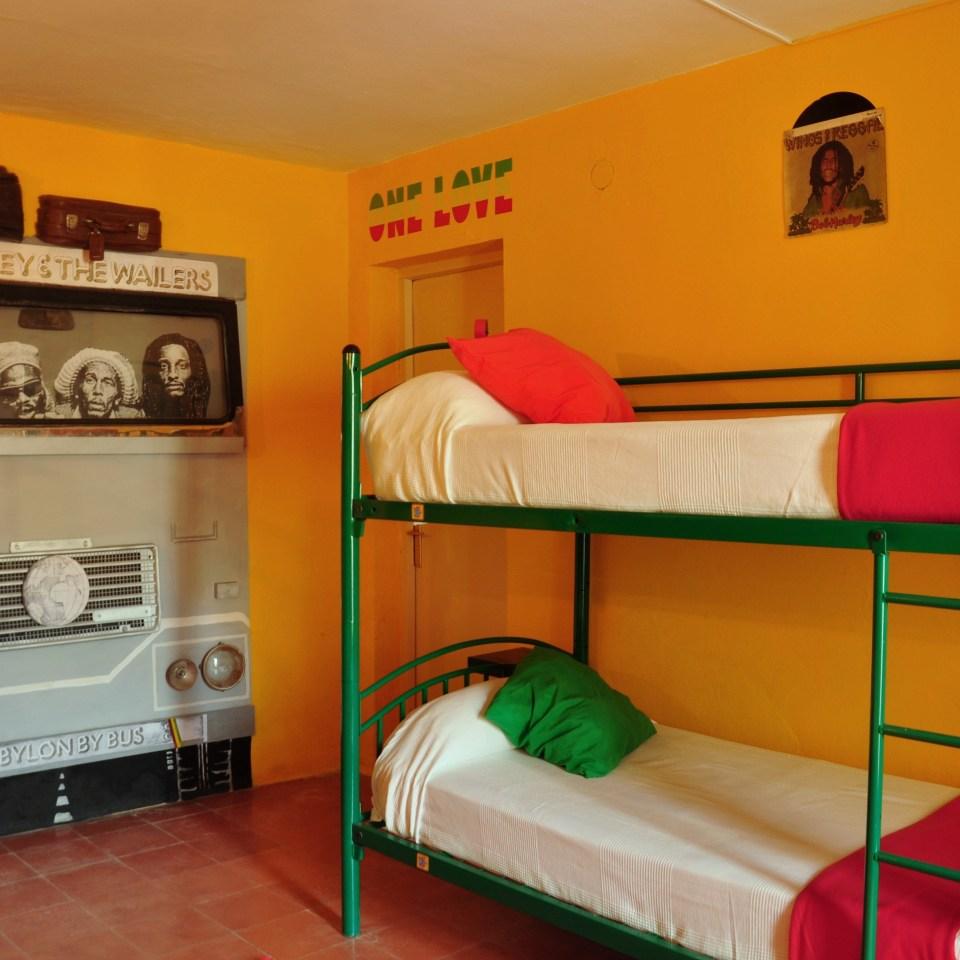 giramundo hostel room