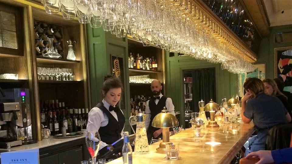 Ivy bar