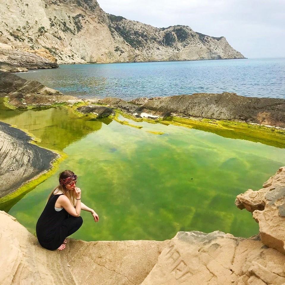 atlantis rock pool