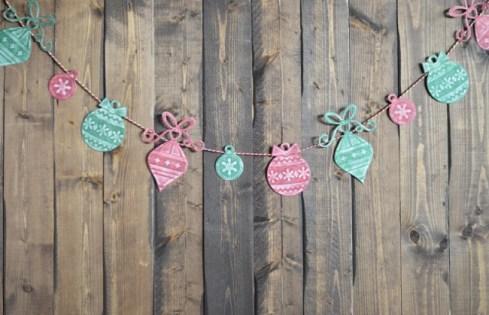 5233010-650-1450249926-Christmas-garland