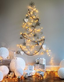 Alternative-Christmas-tree-ideas-tree-from-decorative-lights-and-decorations-2