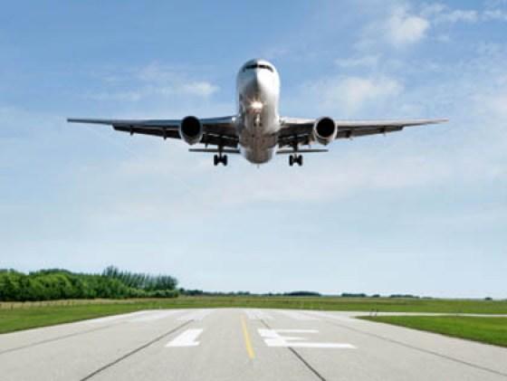 plane-flying-overhead