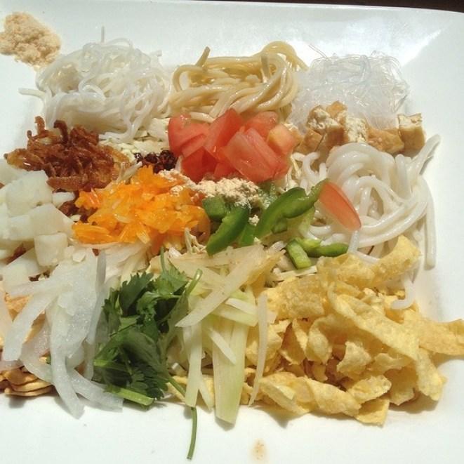 burma superstar rainbow salad