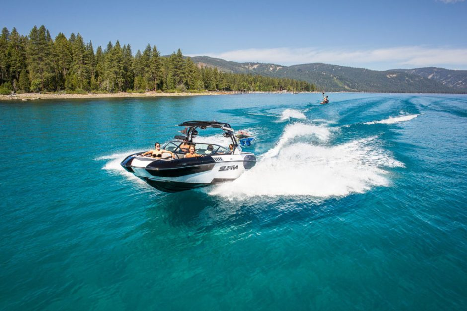 boating-tahoe-lake