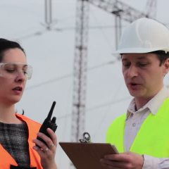 Two-Way Radios for Construction Professionals: Eases Communication