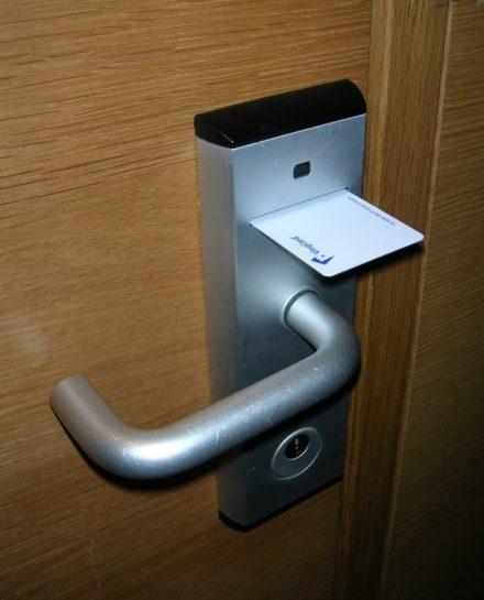 hotel-card-lock-system