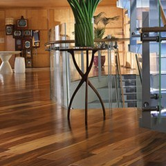 Get your shabby floor polished by hiring floor polishing services