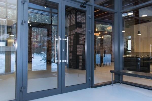 Commercial_Storefront_Doors