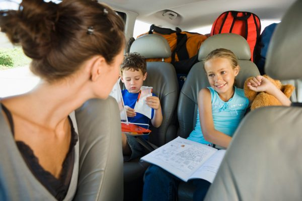 Keep Kids Busy While Traveling
