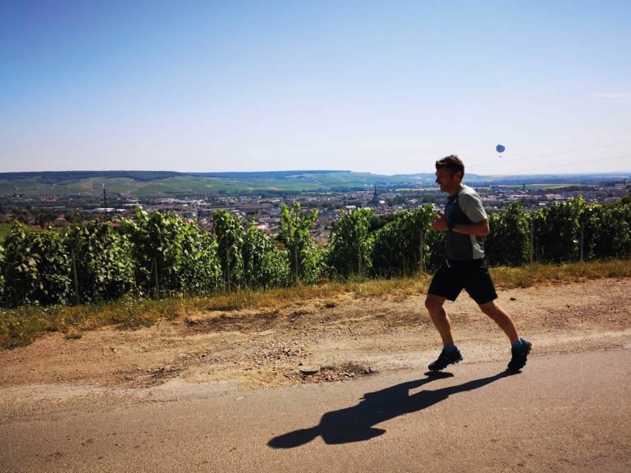 Champagne Running Tour - Balades insolites en Champagne en Estafette Reims Epernay