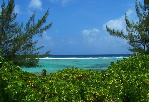 Caribbean_Ocean_view_from_Bodden_Town.jpg