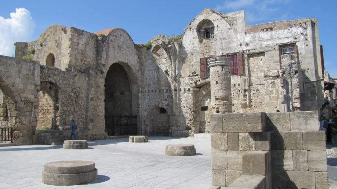 Church ruins in Rhodes