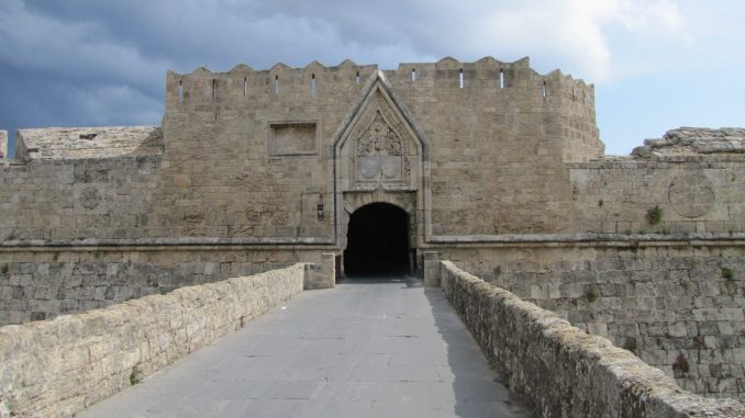 Another view of the entrance to old city in Rhodes