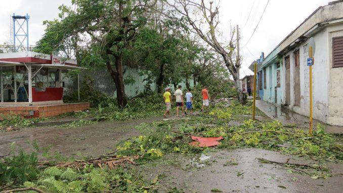 Much destruction outside the Melia Santiago