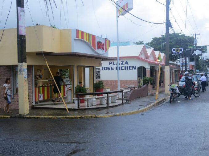 Bon ice cream parlour in Sosua
