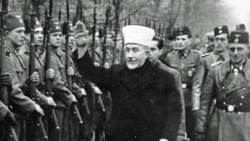 मोदी को हिटलर बताने वाले कभी हिटलर के लिये गीत गाते थे