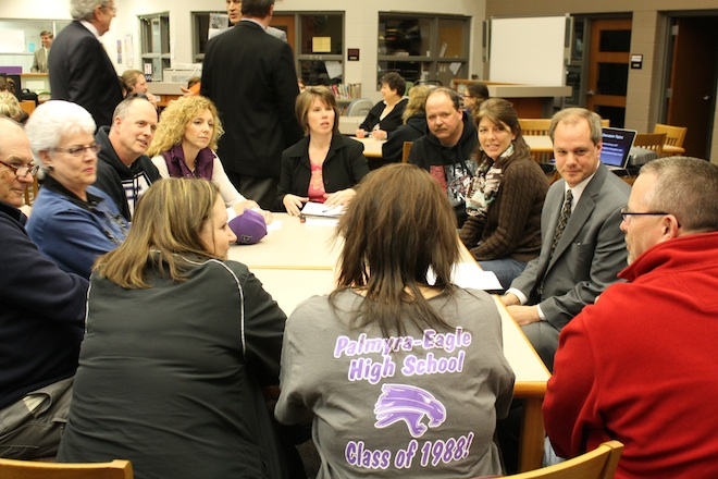 Residents discuss ways the communities of Palmyra and Eagle and the school district can become united at the March 13 meeting at Palmyra-Eagle High School. (Heather Ruenz photo)