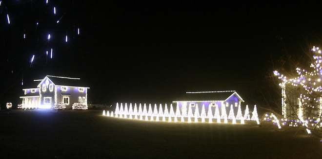 MyWalworthCounty.com – Elkhorn's very own electric light extravaganza