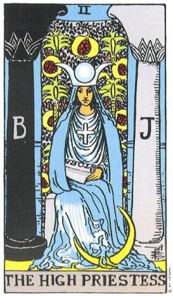 the-high-priestess (2)