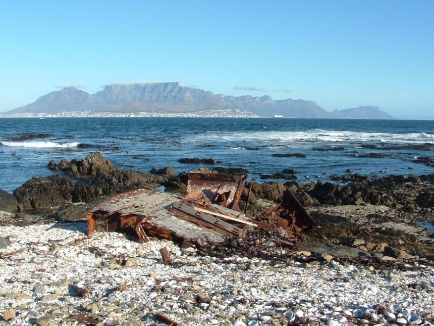 Robbeneiland met uitzicht op Kaapstad en de Tafelberg