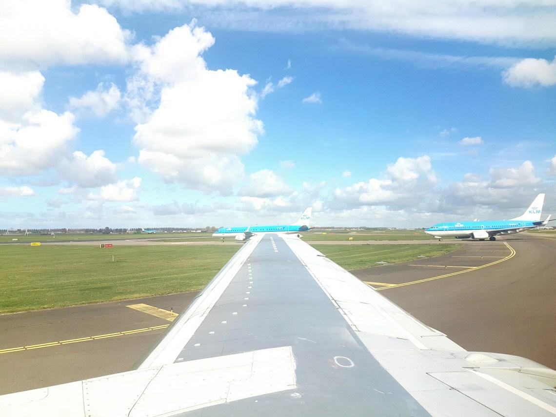 Hollands uitzicht vanuit het vliegtuig schiphol