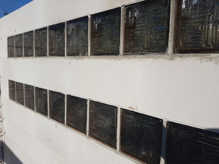 Verbouwing schuur retro glasblokken