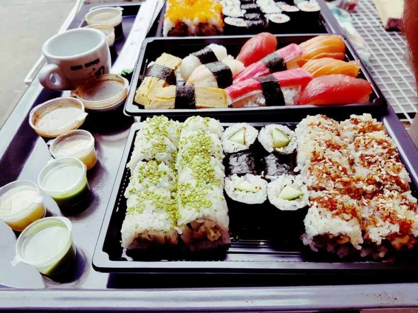 Sushi als avondeten, voor mij alleen groentesushi.